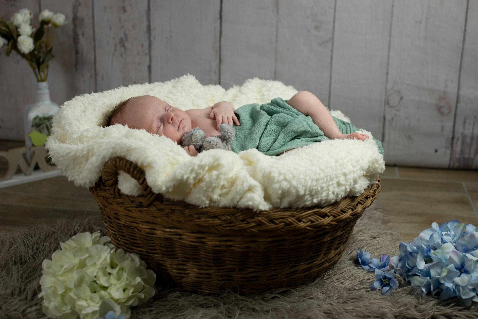 Newbornshooting_Anton_web_08