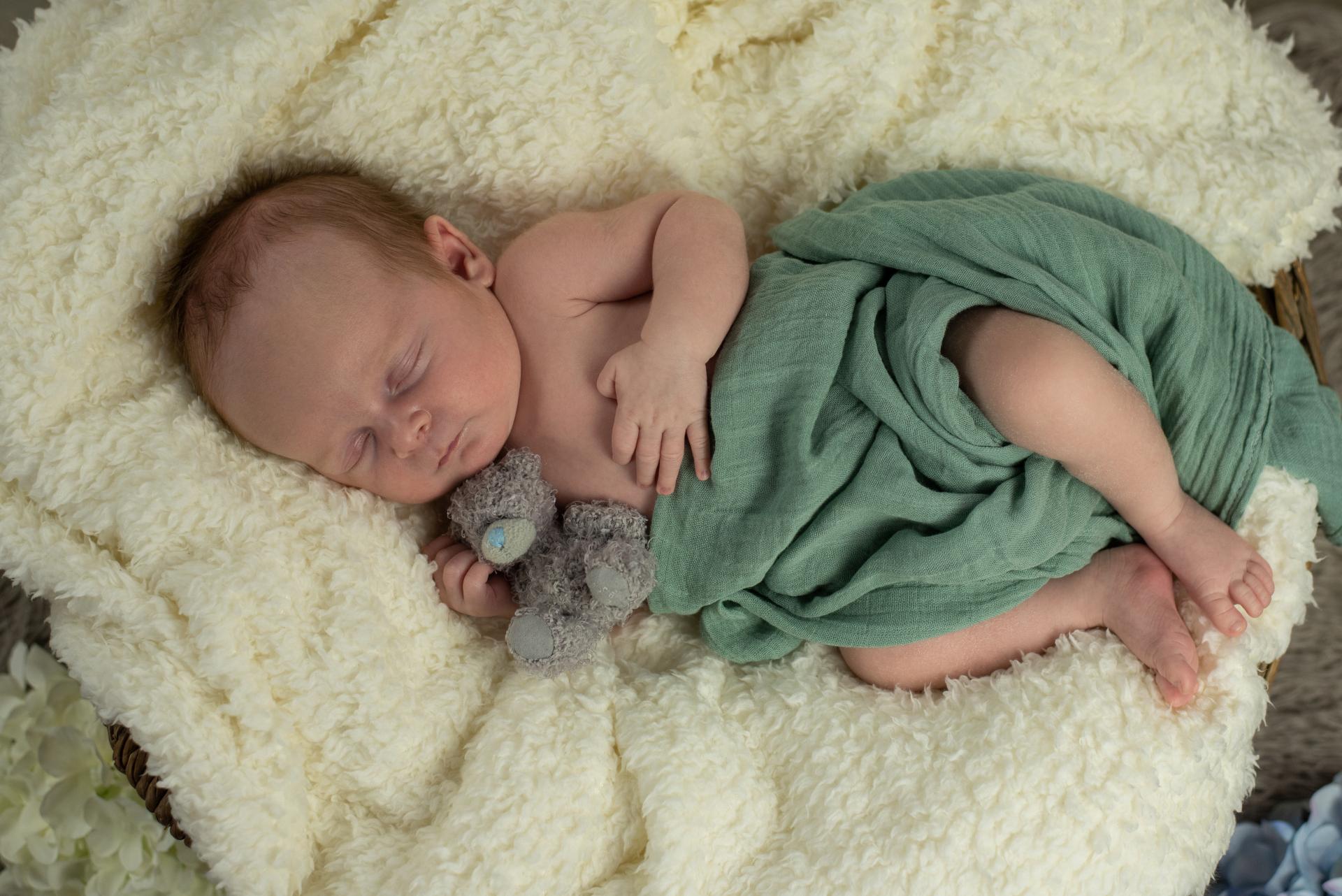 Newbornshooting_Anton_web_10